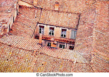 Backyard and roof-tops in old town of Siena, Tuscany, Italy, Europe