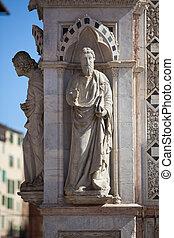 Statue of the Cappella di Piazza