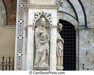 Siena - wonderfully decorated Capella di Piazza at Palazzo Pubblico