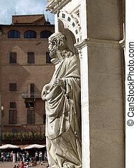 Siena - wonderfully decorated Capella di Piazza at Palazzo Publico