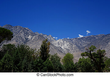 Sierra Nevada Mountains sit on the border between California...