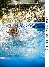 siete, viejo, niña, inflable, años, diversión, sonriente, juego, adorable, teniendo, piscina