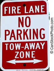 "Sign: ""Fire Lane"""