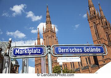 signage Dernsches Gel?nde  and Marktplatz - engl. square of Dern and market square -  in Wiesbaden, Germany