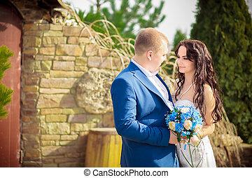 signboard wedding summer bride groom