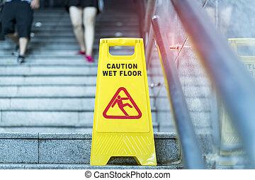 """signe, floor"""", """"caution, mouillé"""