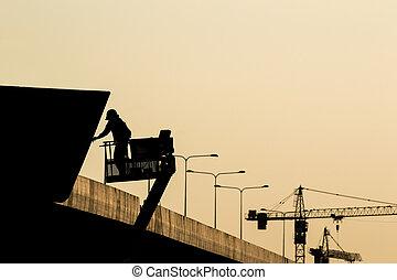 silhouette, échafaudage, temps, ouvrier, site, construction, nuit, avant