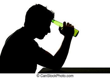 silhouette, alcoolique, déprimé, ivre, bière, buvant bouteille, tomber, dépendance, sentiment, problème, homme