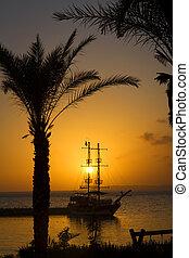 silhouette, bateau, coucher soleil