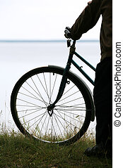 silhouette, bicyclist