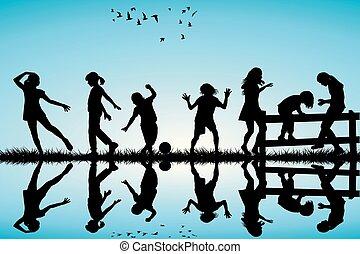 silhouette, de, enfants jouer, extérieur