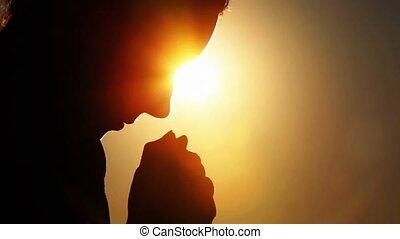 silhouette, de, femme, tête, tenue, deux, poings, ensemble,...