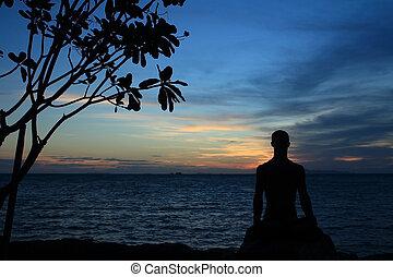 silhouette, di, yoga, maschio, in, posa loto