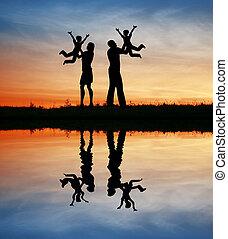 silhouette, enfants, famille, mains