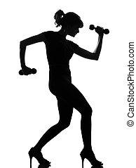 silhouette, frau, workout, bobybuilding, mit, hanteltraining