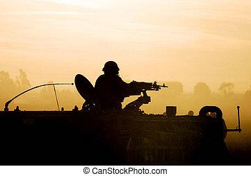 silhouette, leger, soldaat, ondergaande zon