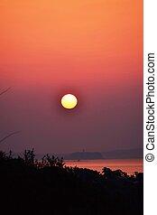 silhouette, levers de soleil