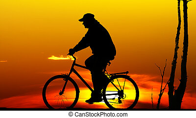 silhouette, motard, coucher soleil