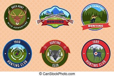 silhouette, mountain., abzeichen, rehbock, emblem, klub, jäger, embleme, vektor, satz, illustrations., jagen, schutzschirm, oder, rehbock, ritterwappen