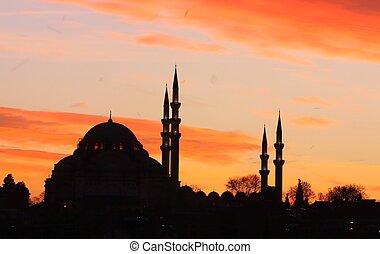 Silhouette of Suleymaniye Mosque