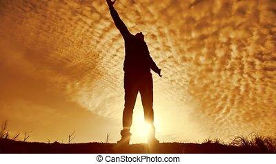silhouette, partie., business, praise., adoration, homme, coucher soleil, prière, liberté, lumière soleil, main a élevé, style de vie, nature, victoire, mains, concept, religion