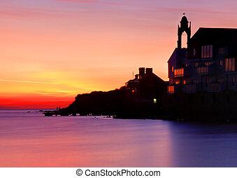 Silhouette - Peveril at sunrise