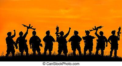 silhouette, squadra, ufficiali, armi, militare, soldati, o, sunset.