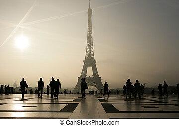 silhouette, van, hij, eifeltoren, in, parijs