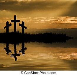 silhouette, von, jesus christus, kreuzigung, auf, kreuz, auf, karfreitag, ostern, reflektiert, seenwasser