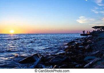 silhouette, von, thefisherman, aus, der, sunrise.