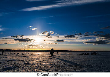 silhouettes, peche, hiver, groupe, pêcheurs hommes