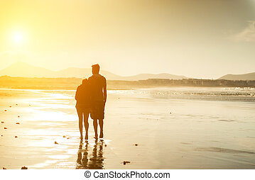 silhouettes, plage, couple