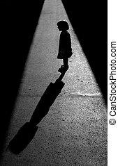 silhuete, de, um, menininha, conversa, dela, sombra