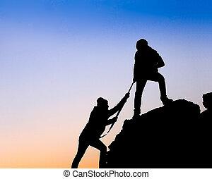 silhuett, två,  hand, Portion, mellan, klättrare