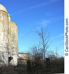 Silo and barn. - Silo and barn on a winter day in New...