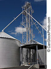 silo facility - a grain sily on the outskirts of town