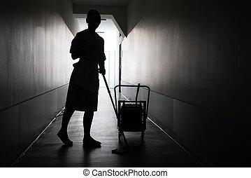 silueta, de, empregada, limpeza, chão