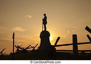 silueta, de, guerra civil, monumento, em, sangrento, pista,...