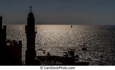 silueta, de, minarete, en, viejo, jaffa