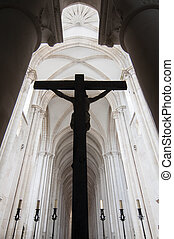 silueta, de, un, crucifijo, en, iglesia