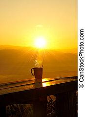 siluetas, coffee., salida del sol, mañana