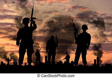 siluetas, de, soldados, con, armas