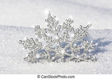 silver snowflake shinning - beautiful silver snowflake in...
