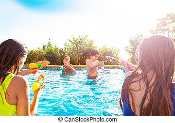 simma, slå samman, grupp, gevär, vatten, filma, barn