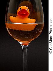 sinaasappel, badeend, in, een, wijnglas