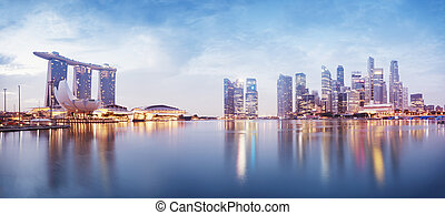 Singapore Skyline - Panoramic image of Singapore`s skyline ...