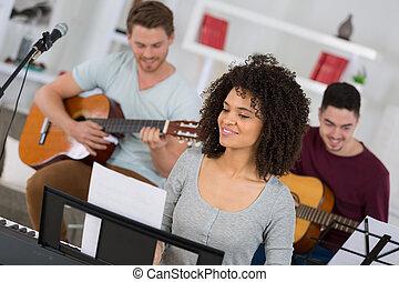 singende, friends, frau