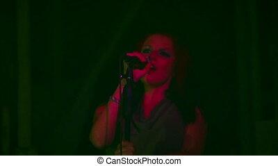Singer in the dark