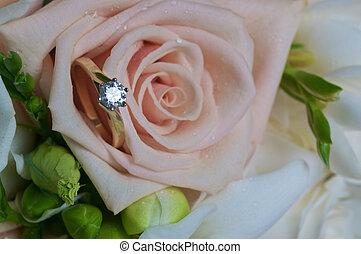 Single diamond ring in pink rose