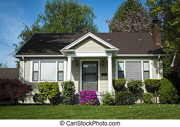 American craftsman house - Single-family American craftsman...